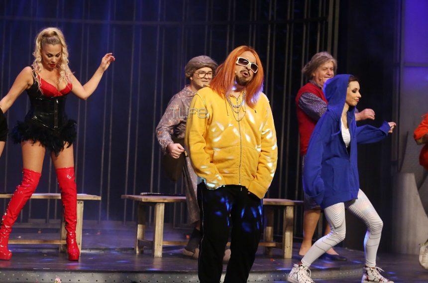 Μάρκος Σεφερλής: Μεταμφιέζεται σε… Sin Boy στη νέα του παράσταση και είναι ίδιος! [pics] | tlife.gr
