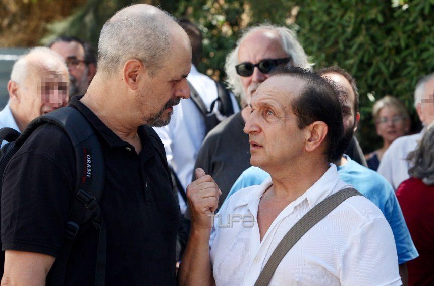 Θλίψη στην κηδεία του σπουδαίου σκηνοθέτη, Σταύρου Τσιώλη – Φωτογραφίες | tlife.gr