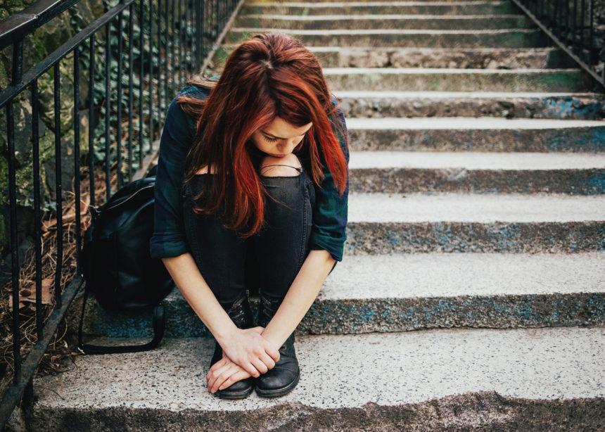 Ακολούθησε αυτές τις 3 συμβουλές για να διαχειριστείς τις εναλλαγές συναισθημάτων του έφηβού σου | tlife.gr