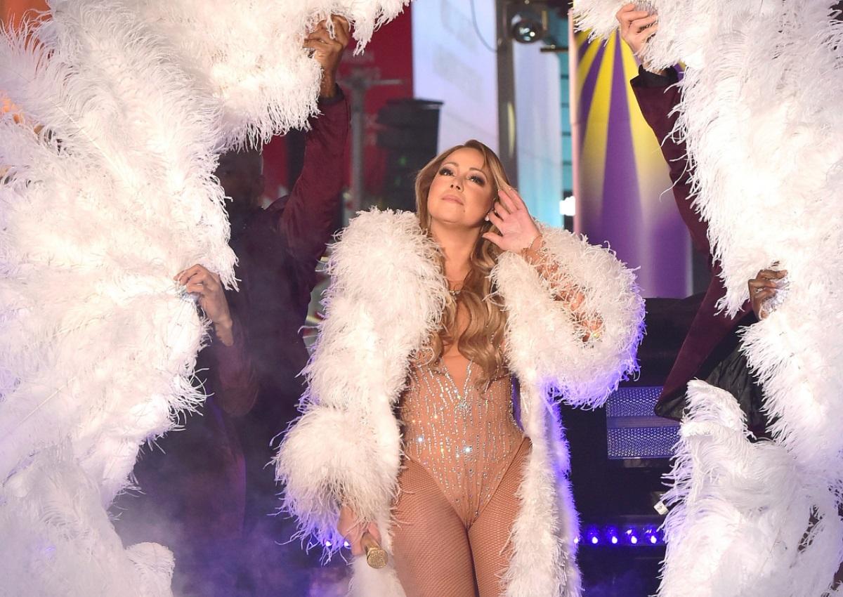 Mariah Carey: Υποκύπτει στην τρέλα του Bottle Cap Challenge! [video]