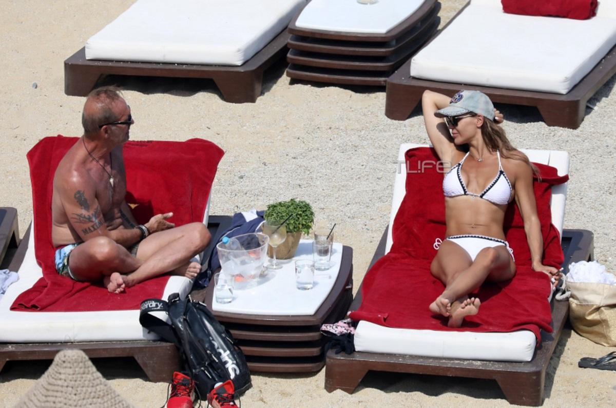 Νικολέττα Καρρά – Πέτρος Κωστόπουλος: Απολαμβάνουν τις διακοπές τους στην Μύκονο!