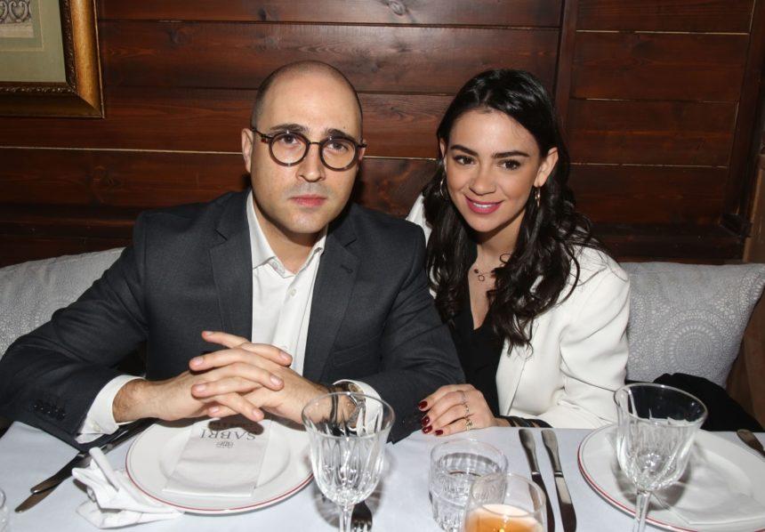Κωνσταντίνος Μπογδάνος: Έτοιμος να παντρευτεί την αγαπημένη του! Αναχώρησαν για Νάξο   tlife.gr