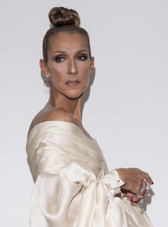 Η Celine Dion έκοψε τα μαλλιά της καρέ για την couture week στο Παρίσι!
