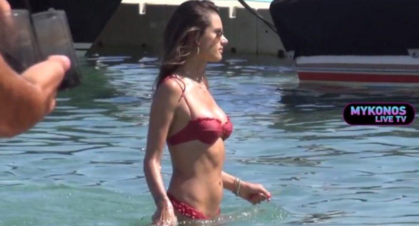 Alessandra Ambrosio: Άφησε άφωνους τους λουόμενους στην Μύκονο με το καλλίγραμμο κορμί της! Video