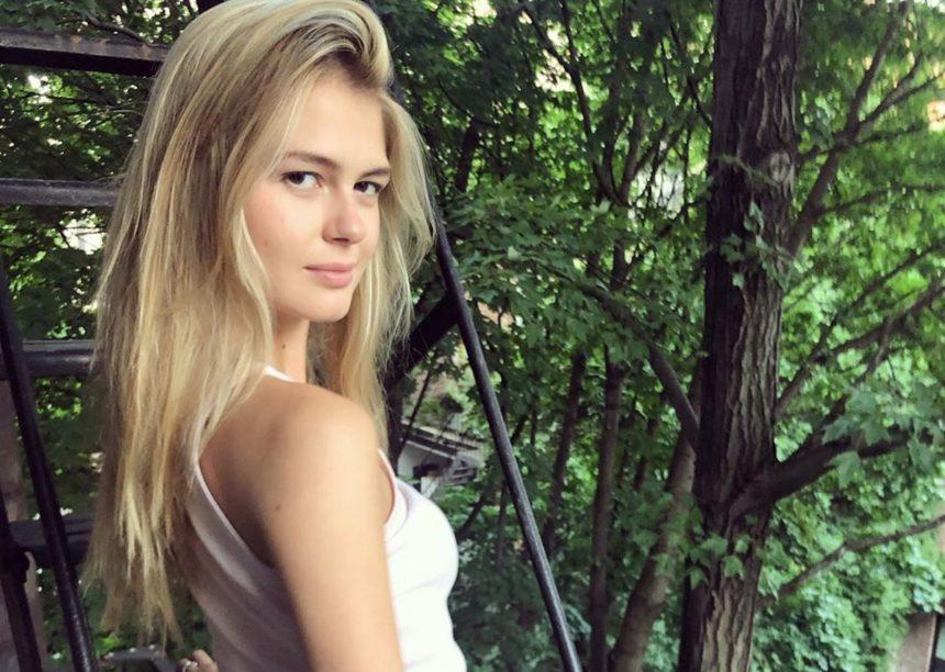 Αμαλία Κωστοπούλου: Οι διακοπές στην Πάτμο μόλις ξεκίνησαν! [pic,video]   tlife.gr