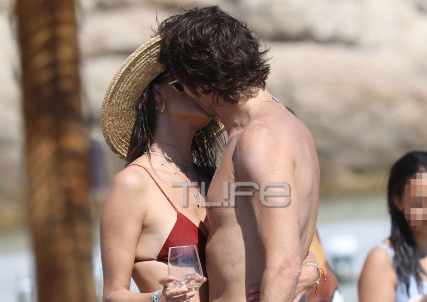 Alessandra Ambrosio: «Καυτά» φιλιά στη Μύκονο με τον κούκλο Ιταλό σύντροφό της! [pics]