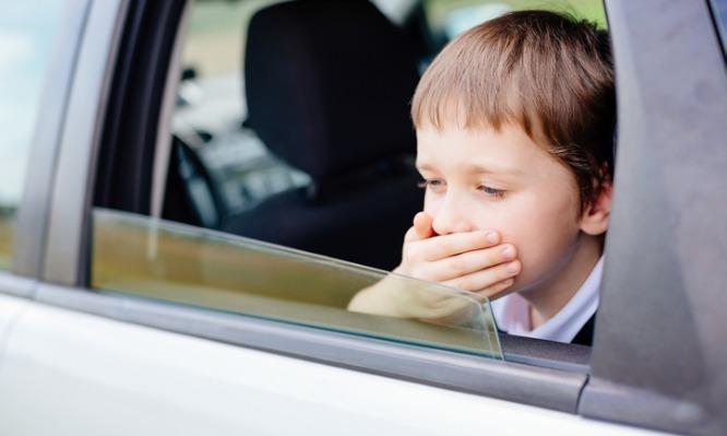 Παιδί και ναυτία στο αυτοκίνητο: Τι μπορείς να κάνεις [vid] | tlife.gr
