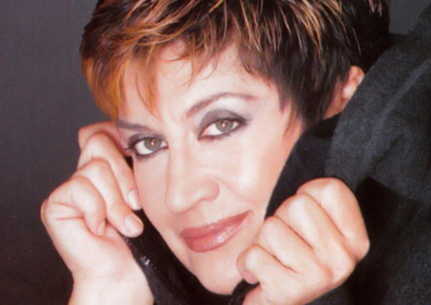 Σπάνια δημόσια εμφάνιση για τη Λίτσα Διαμάντη – Δες πώς είναι σήμερα η τραγουδίστρια [pics] | tlife.gr