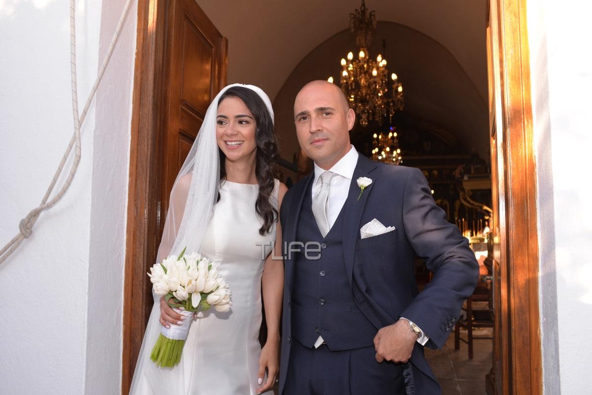 Κωνσταντίνος Μπογδάνος – Έλενα Καρβελά: Ο παραδοσιακός γάμος τους στην Νάξο! Φωτογραφίες