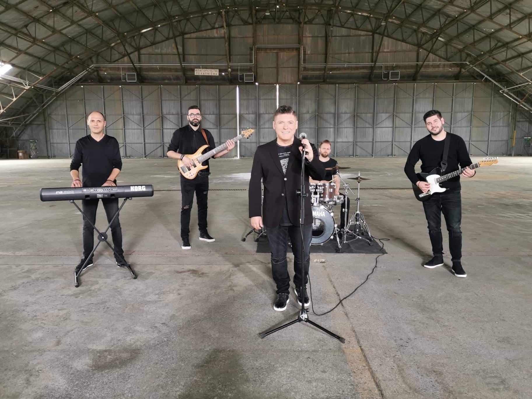 «Μου λείπεις»: Το νέο τραγούδι του Δημήτρη Γιώτη ξεπέρασε το 1 εκατ. προβολές στο Youtube σε ένα μήνα!