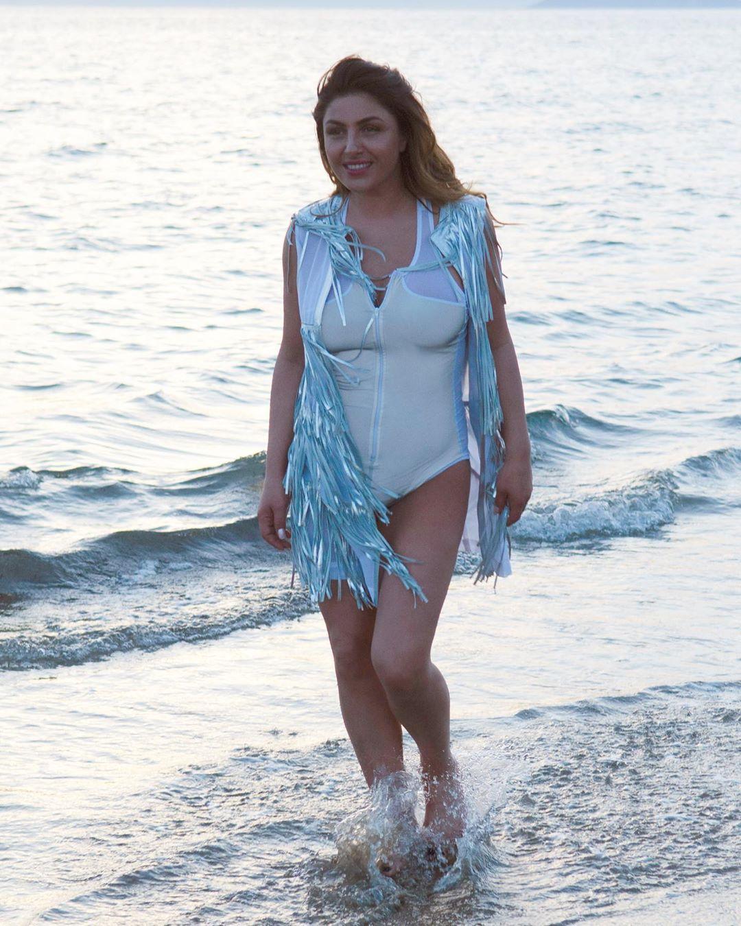 Έλενα Παπαρίζου: Δημοσίευσε την πρώτη φωτογραφία της με μαγιό αυτό το καλοκαίρι!