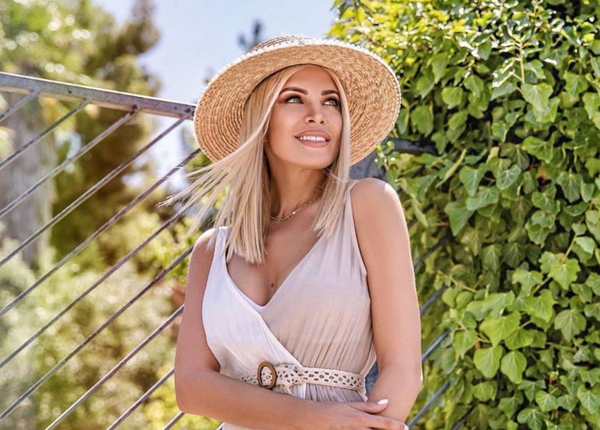 Κατερίνα Καινούργιου: Νέα απόδραση στο νησί των ανέμων! | tlife.gr