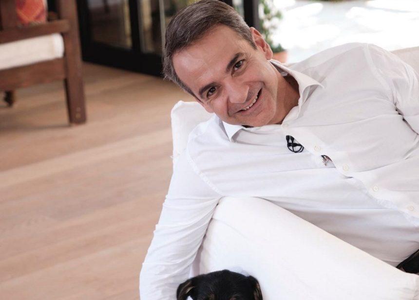 Κυριάκος Μητσοτάκης: Η οικογενειακή φωτογραφία και το δημόσιο ευχαριστώ μετά τη νίκη του στις εκλογές | tlife.gr