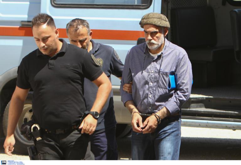 Αποφυλακίστηκε ο Επαμεινώνδας Κορκονέας | tlife.gr