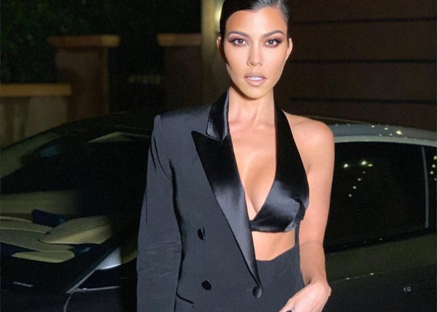 Μαύρο κουστούμι μέσα στο καλοκαίρι; Και όμως η Kourtney Kardashian το τόλμησε | tlife.gr