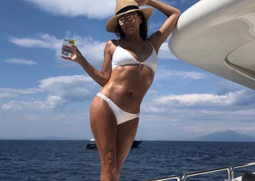 Eva Longoria: Οι διακοπές στο Capri και ο «καυτός» χορός στο σκάφος! | tlife.gr