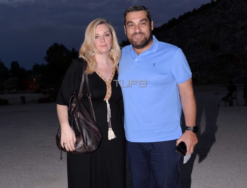 Ελισάβετ Μουτάφη: Καμάρωσε με τον σύζυγό της τον αδερφό της στην πρεμιέρα του! [pics] | tlife.gr