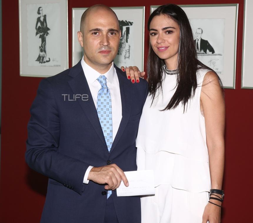 Κωνσταντίνος Μπογδάνος: Προεκλογική ομιλία λίγο πριν το γάμο με τη μέλλουσα σύζυγο στο πλευρό του! [pics]