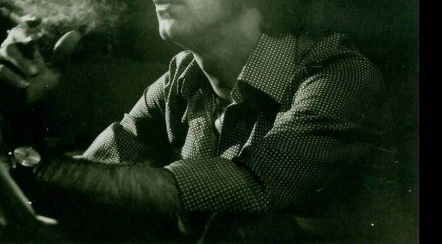 Πέθανε ένας από τους σημαντικότερους Έλληνες μουσικοσυνθέτες – Ραγίζει καρδιές το αντίο της γυναίκας του | tlife.gr