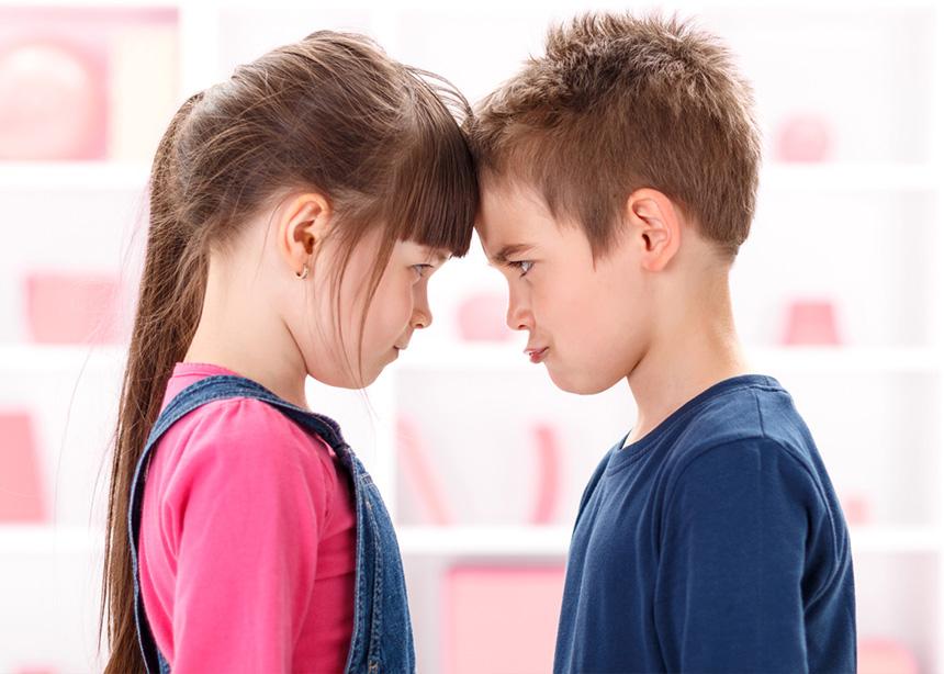 9 τρόποι για να βάλεις τέλος στους τσακωμούς των παιδιών σου