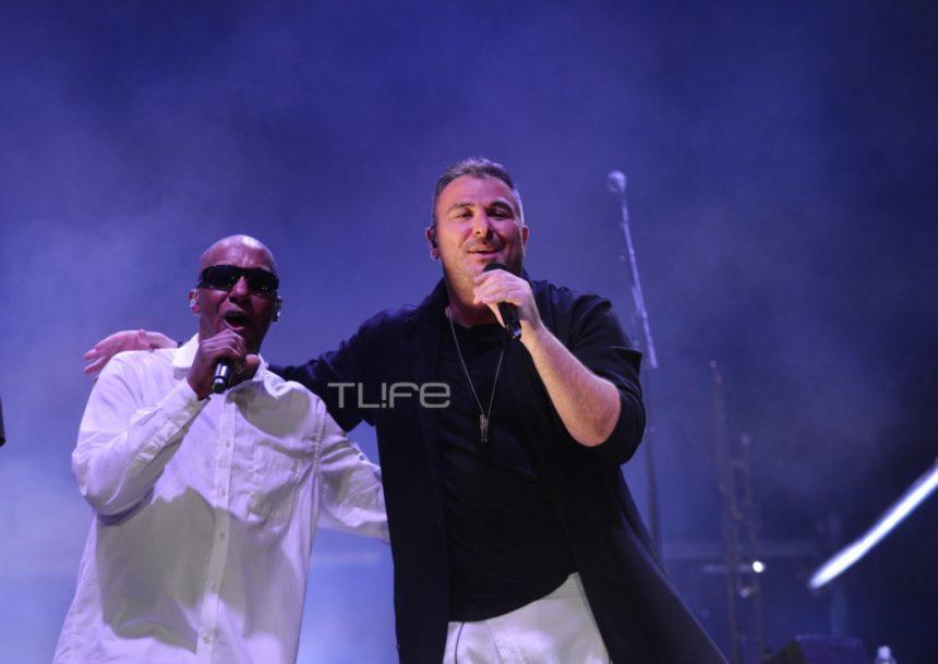 Αντώνης Ρέμος: Αποθεώθηκε στη συναυλία του με τους UB40 στο θέατρο Πέτρας! Φωτογραφίες | tlife.gr