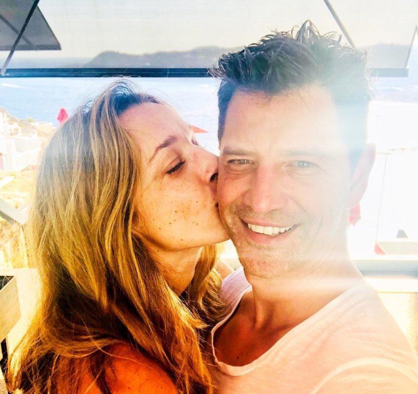 Σάκης Ρουβάς - Κάτια Ζυγούλη: Σκαφάτες διακοπές με όλη την οικογένεια!