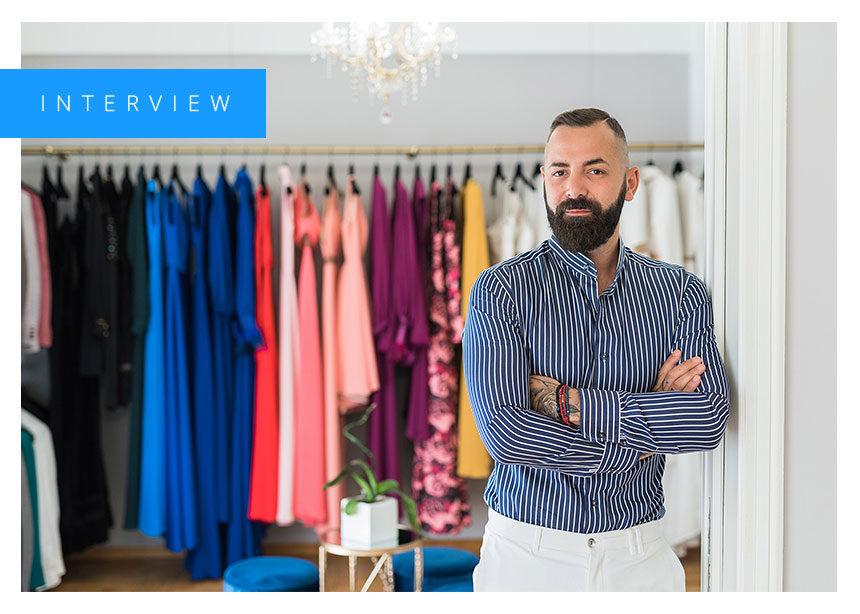 Spiros Stefanoudakis: O αγαπημένος σχεδιαστής της Τατιάνας Στεφανίδου μιλάει στο Tlife! | tlife.gr