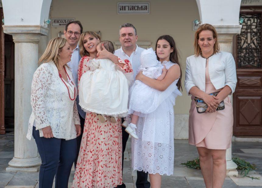 Άρωμα πολιτικής στα βαφτίσια της παρουσιάστριας Φραντζέσκας Σαββοργινάκη | tlife.gr
