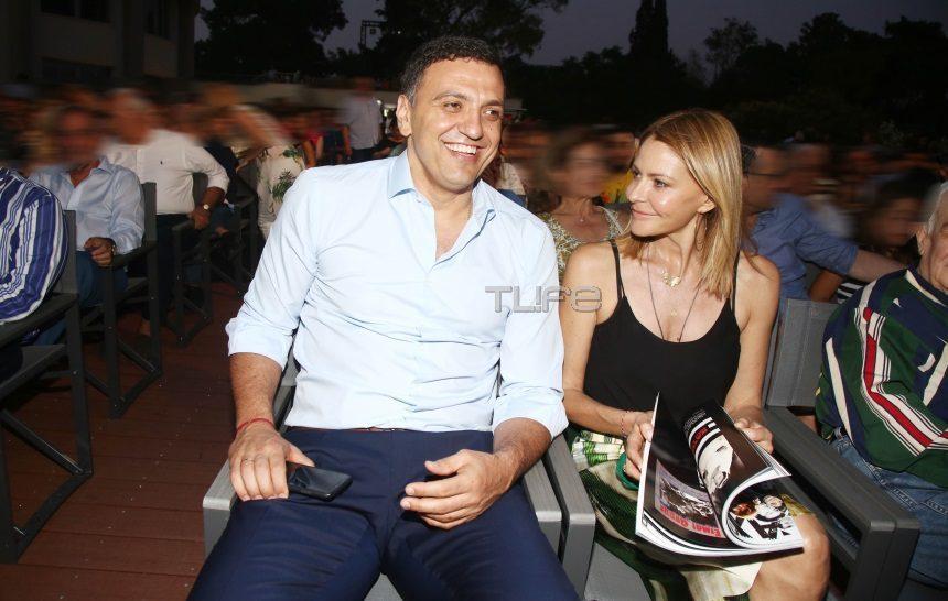 Τζένη Μπαλατσινού – Βασίλης Κικίλιας: Ποζάρουν με το μαγιό τους και εύχονται «χρόνια πολλά» σε όλη την Ελλάδα! | tlife.gr