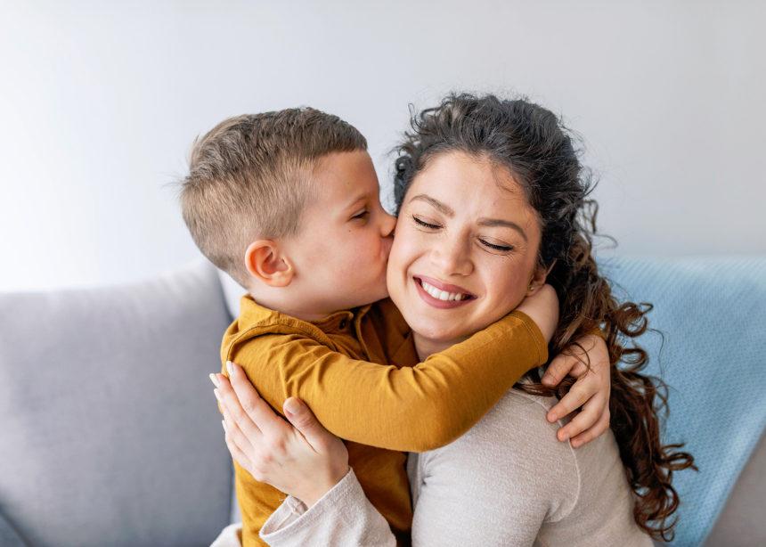 Για άλλη μια εβδομάδα, ο Δρ. Σπύρος Μαζάνης απαντά στις ερωτήσεις των γονιών   tlife.gr