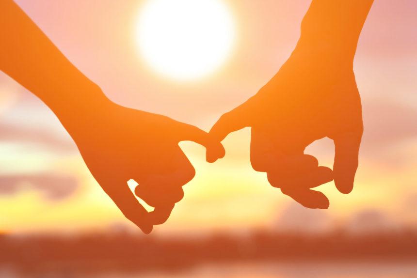 Το ζευγάρι της ελληνικής showbiz έκανε το επόμενο βήμα στη σχέση του! | tlife.gr