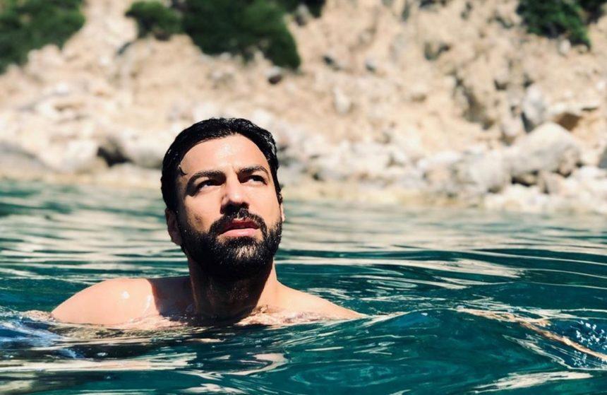 Ανδρέας Γεωργίου: Απολαμβάνει το ηλιοβασίλεμα στην Κέρκυρα! [pics]   tlife.gr