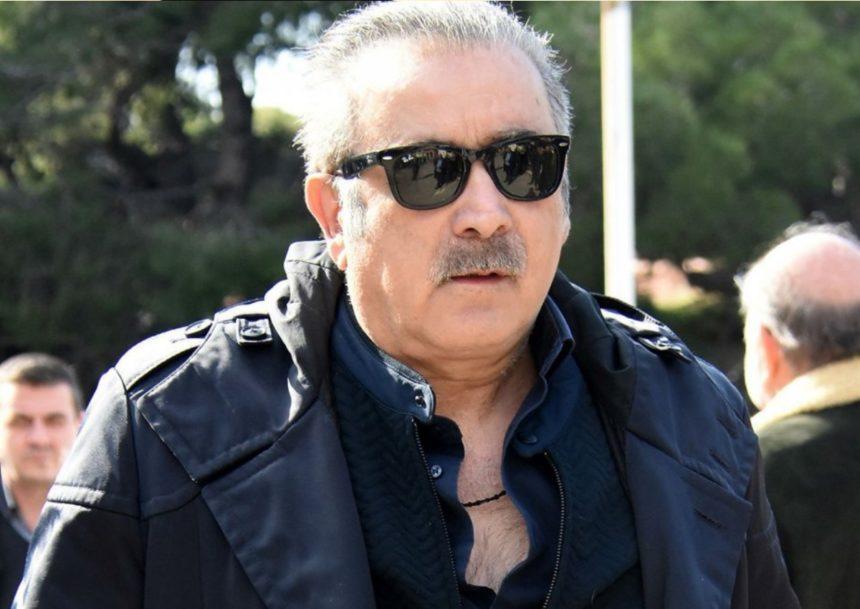 Λάκης Λαζόπουλος: Θλίψη στο τελευταίο αντίο στη γυναίκα του στη Δράμα   tlife.gr