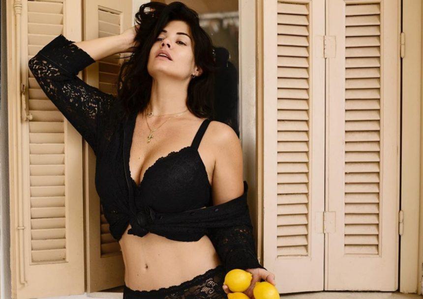 Ξέσπασε η Μαρία Κορινθίου: «Έχω φάει πολλές μαχαιριές!» | tlife.gr