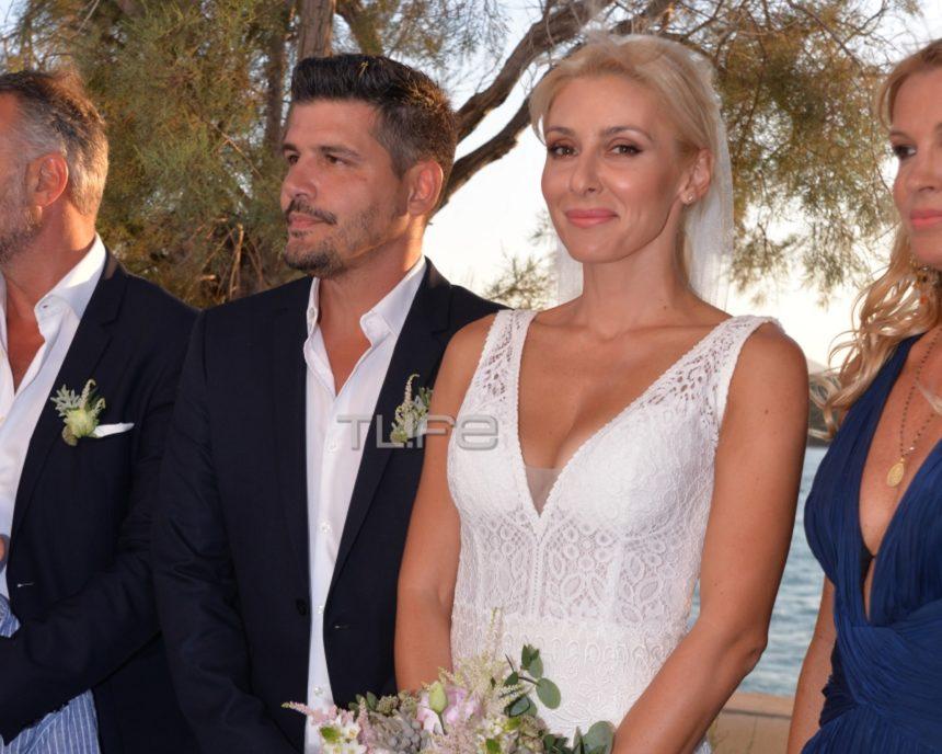 Μαρία Φραγκάκη – Νίκος Μάρκογλου: Ο γάμος τους στην Πάρο – Αποκλειστικές φωτογραφίες | tlife.gr