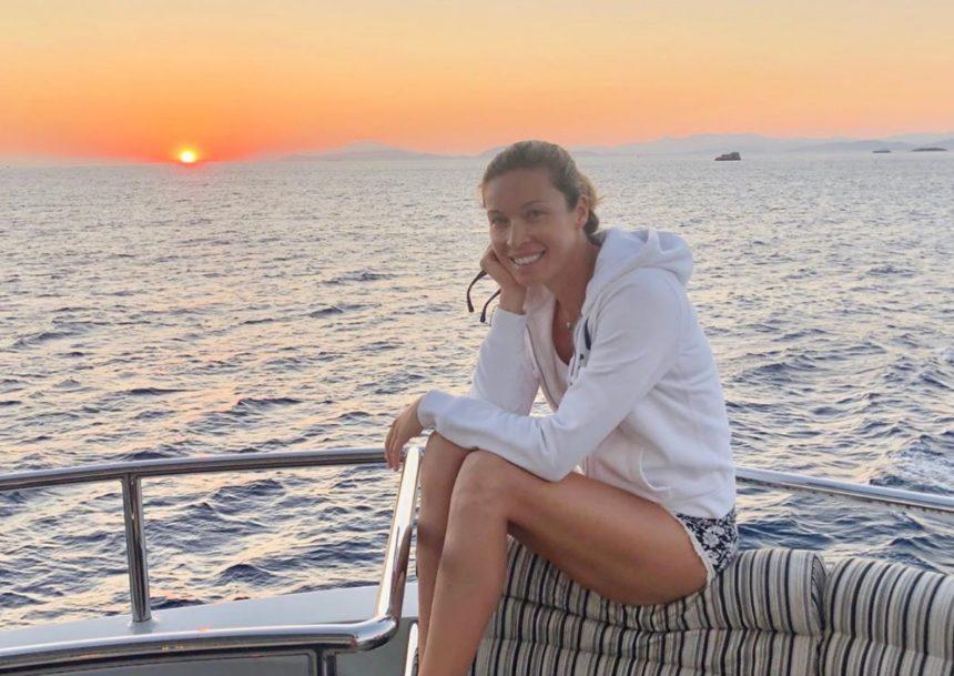 Μαριέττα Χρουσαλά: Βουτιές με αγαπημένα πρόσωπα στην Ύδρα! [pics] | tlife.gr