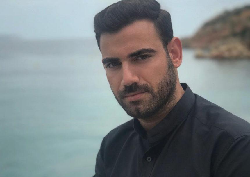 Ο Νίκος Πολυδερόπουλος στο σπίτι που γυρίστηκε η ταινία «Η Νεράιδα και το Παλικάρι»! [video] | tlife.gr