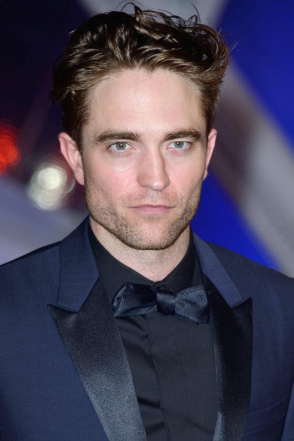 Ο Robert Pattinson στην νέα ταινία The King είναι ένας εντελώς άλλος άνθρωπος! | tlife.gr