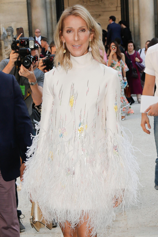 Η Celine Dion έκανε bowl cut και πλέον είναι και επίσημα το νέο μας beauty icon!