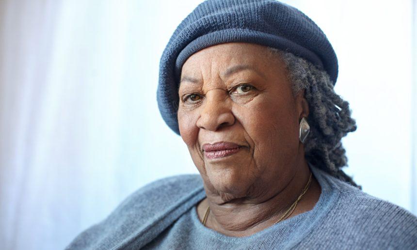 Πέθανε η νομπελίστρια της Λογοτεχνίας Toni Morrison | tlife.gr