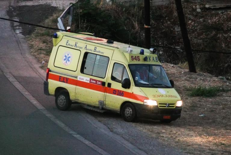 Σοκ! Αυτοκίνητο σκότωσε γιαγιά και εγγόνι στο Αίγιο   tlife.gr