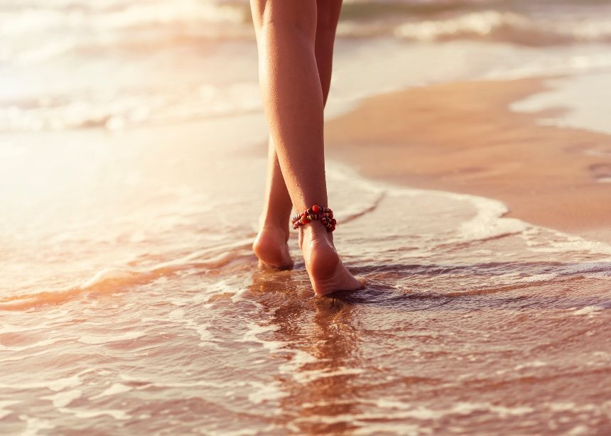 Μήπως να συνεχίσεις να περπατάς πάνω στην άμμο; | tlife.gr