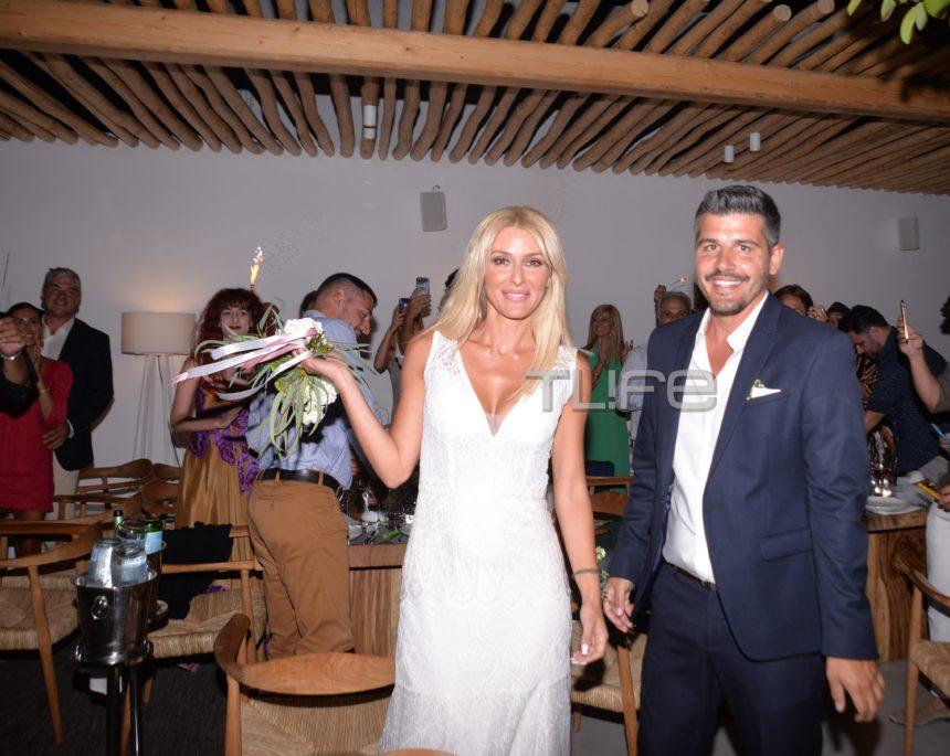 Μαρία Φραγκάκη – Νίκος Μάρκογλου: Φωτογραφίες από τη γαμήλια δεξίωση στην Πάρο! | tlife.gr