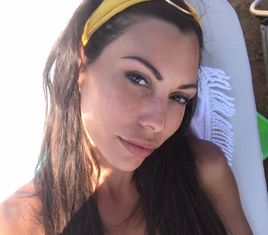 Ιωάννα Μπούκη: Απόδραση στην Κρήτη χωρίς τον Αντώνη Σρόιτερ! [pics,vid] | tlife.gr