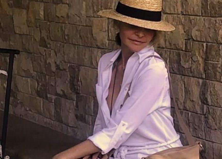 Τζένη Μπαλατσινού: Η άφιξη στο νησί που την χαροποίησε ιδιαίτερα! | tlife.gr