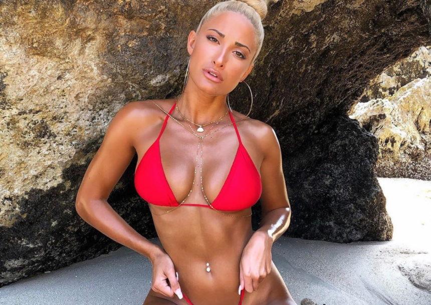 Ιωάννα Τούνη: Ποζάρει ολόγυμνη στη μπανιέρα και αναστατώνει το Instagram! | tlife.gr