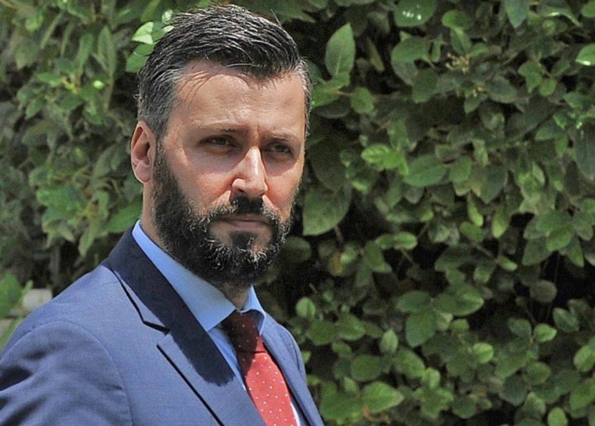 Νύχτα τρόμου για τον βουλευτή Γιάννη Καλλιάνο – Άγνωστοι προσπάθησαν να διαρρήξουν το σπίτι του | tlife.gr