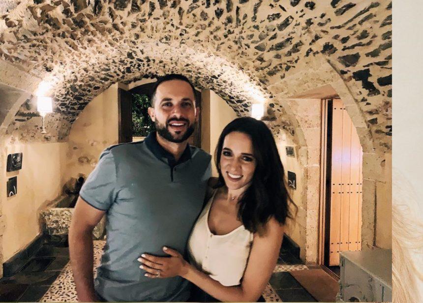 Καλομοίρα: Ρομαντικό δείπνο με τον σύζυγό της σε κάστρο στη Λακωνία! [pics,video] | tlife.gr