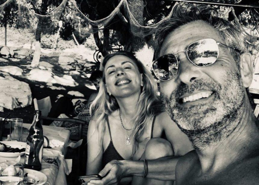 Θοδωρής Αθερίδης -Σμαράγδα Καρύδη: Ξεκίνησαν τις καλοκαιρινές διακοπές τους | tlife.gr