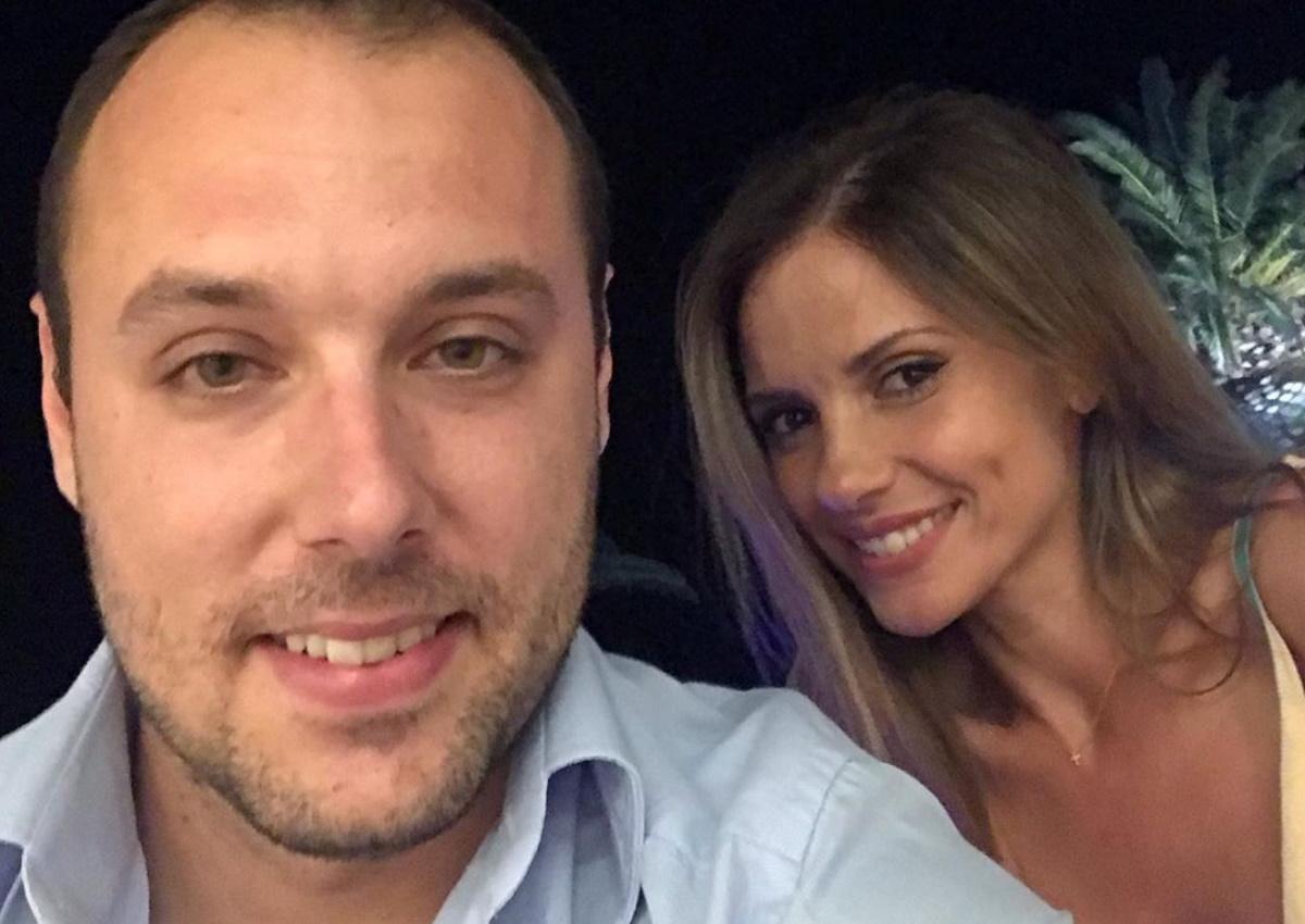 Βασίλης Λιάτσος – Ελένη Καρποντίνη: Βάφτισαν τον δεύτερο γιο τους στην Τήνο! [pic]